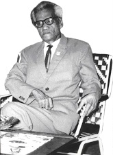 HASBI ASH-SHIDDIEQY. Rektor Universitas Al-Irsyad Solo