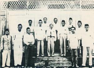 Pertemuan silaturahim alumnus madrasah Al-Irsyad tanggal 25 September 1962 di Gedung Sekolah Al-Irsyad Jl. Kemakmuran 27, Jakarta