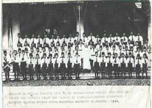 Para guru dan murid Madrasah Al-Irsyad Jakarta
